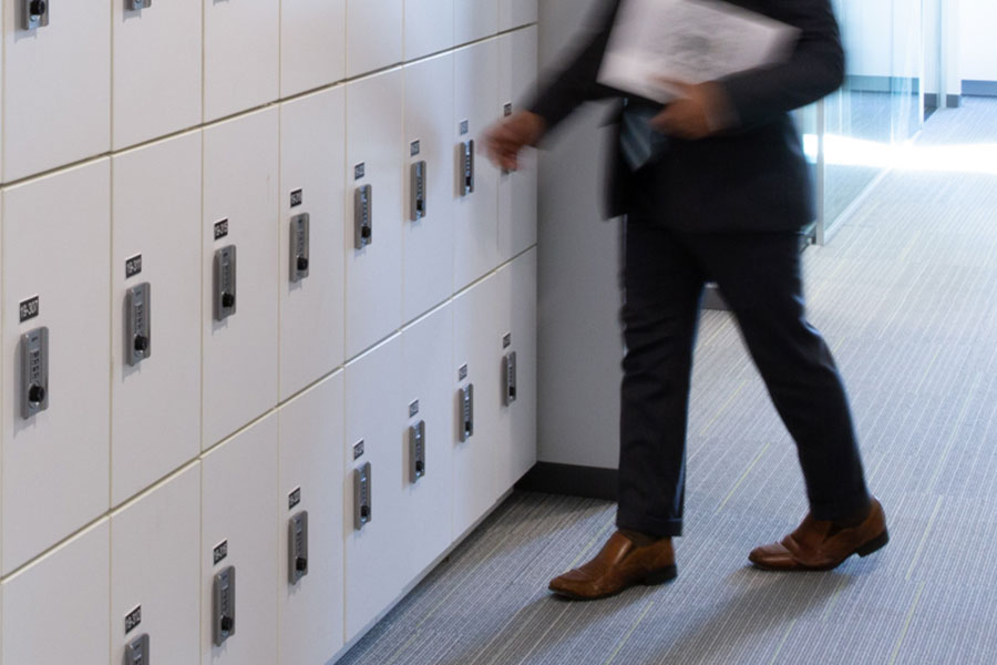 day-use-locker-hot-desk-office