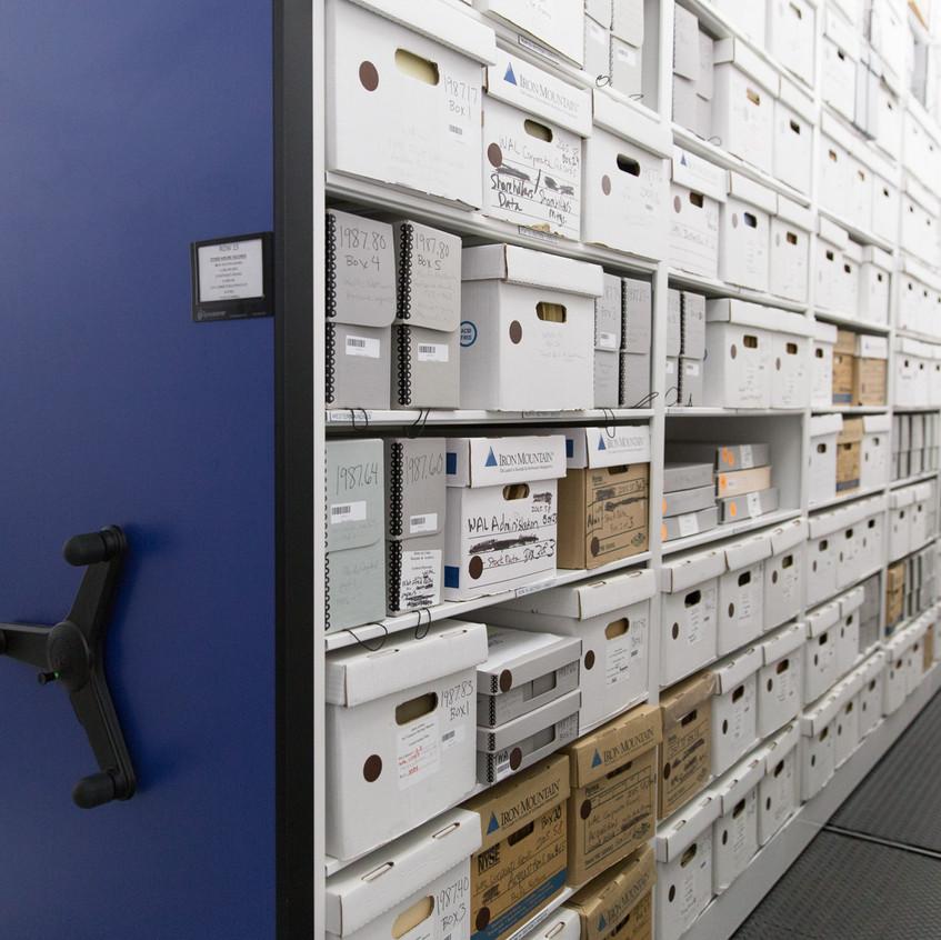 corporate-museum-archival-storage-spacesaver-compactors