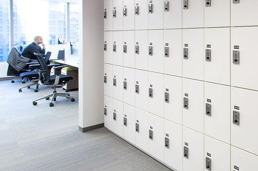 hotelling-office-lockers.jpg