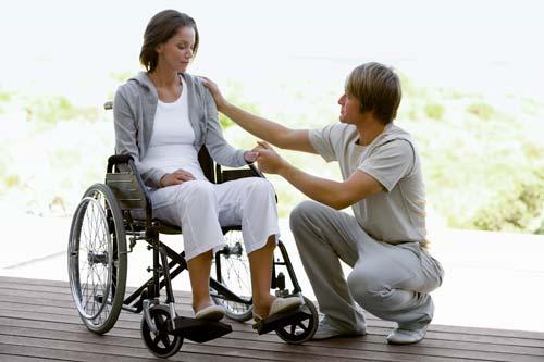 youngcouple_wheelchair