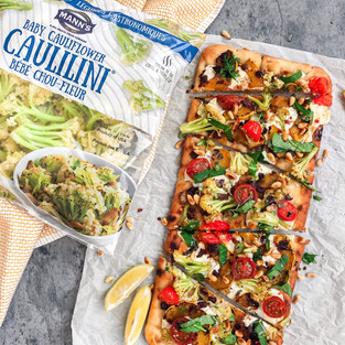 Veggie Flatbread with MANN™ CAULILINI® Baby Cauliflower