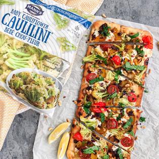Veggie Flatbread with MANN™ CAULILINI® Baby Cauliflower