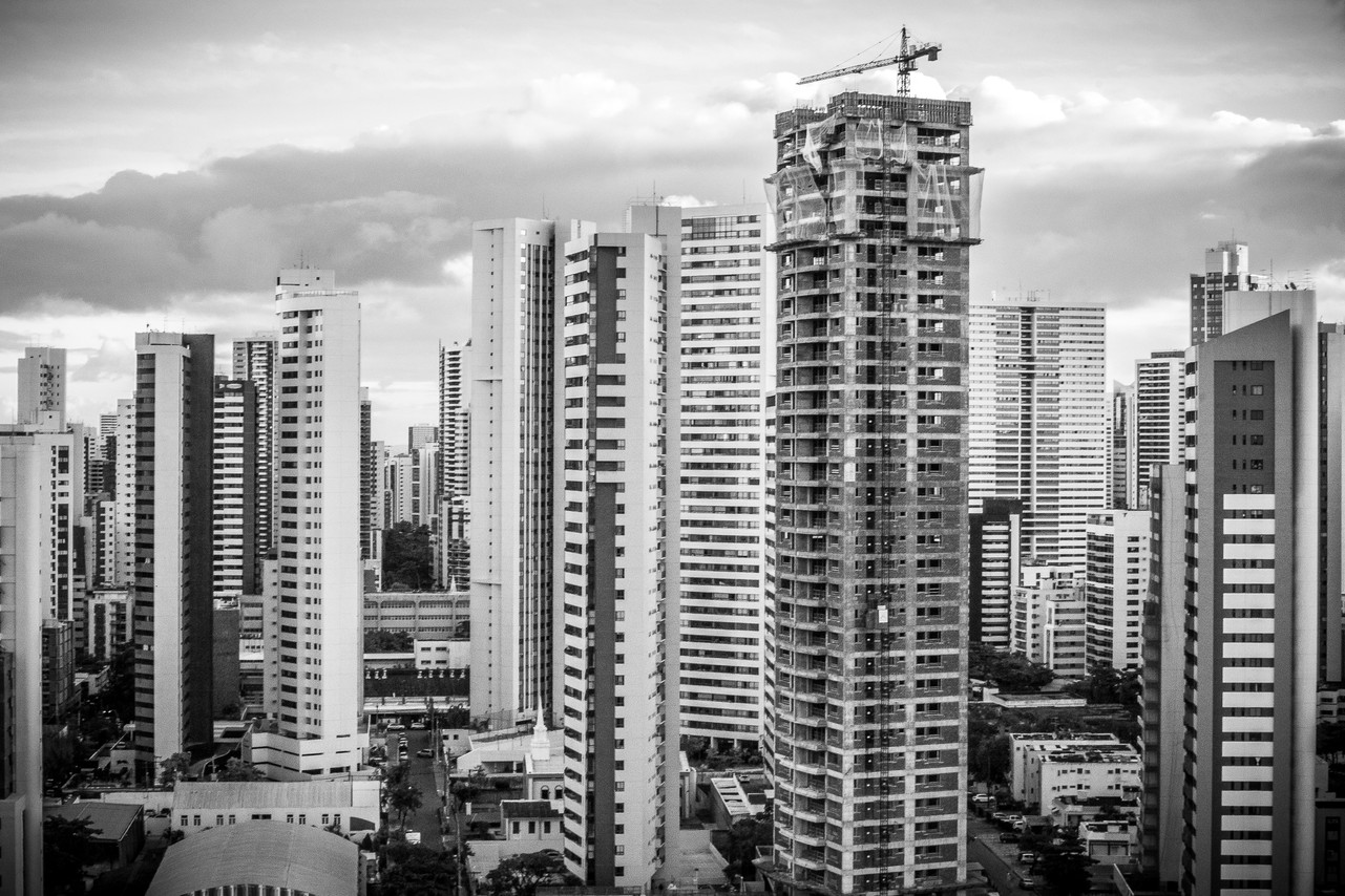 Skyscrapers in Recife (State of Pernambuco). Even with more than 7 million empty houses in the country, construction companies keep building and selling new dwellings. With government support and many financial aid programs, the construction industry is one of the least affected by the economic crisis.
