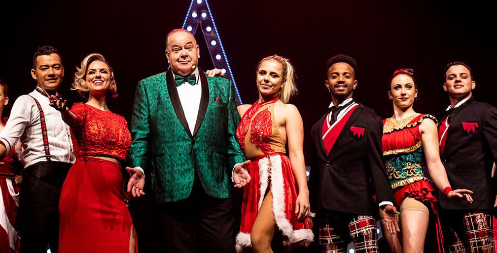 A Magical Cirque Christmas Cast