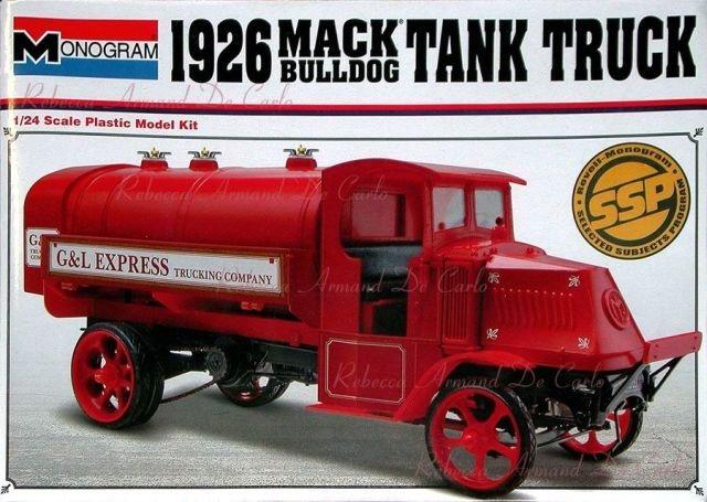Monogram #7539 - 1926 Mack Bulldog Tank Truck