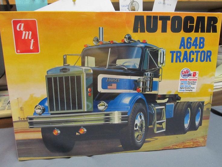 AMT #1099 Autocar A64B kit.