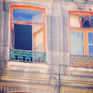Travel girl in Porto.jpg