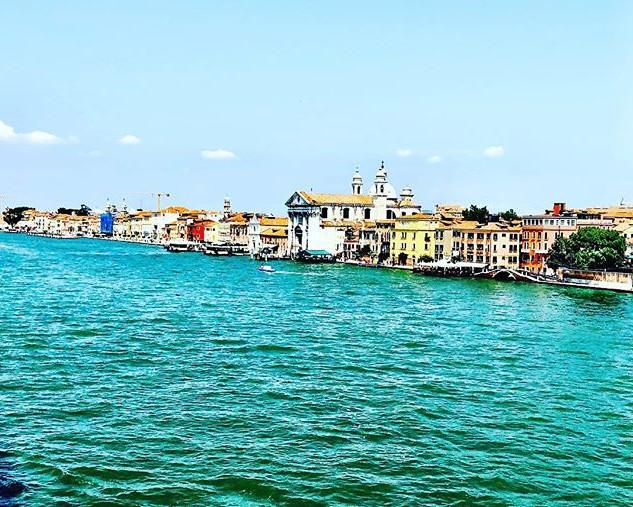 The colours of Venice mirroring the colo