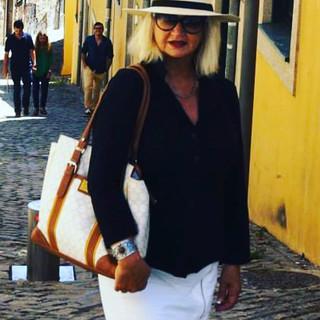 Travel girl in Porto, Portugal #portugal