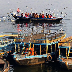 A typical scene on the Ganges...jpg