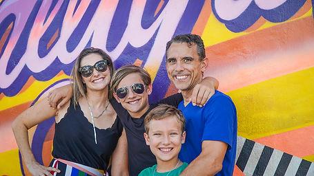 Family smile - faces.jpg