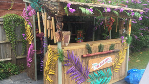 Extra large tiki bar.jpg