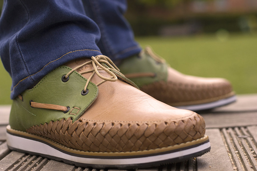 Chaussures cuir tressé mexique france artisanat fait-main homme bateau marin beige vert