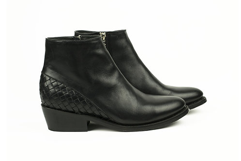 Mazamitla black mexican women boots handmade hand braided smooth leather mexico paris france santiag profile