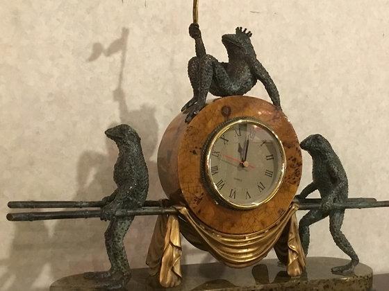 カエル 時計