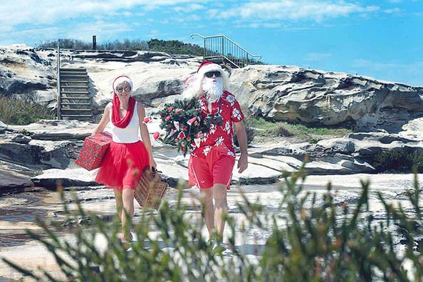 33 Santa Goes On Holiday by Aleksandra Walker