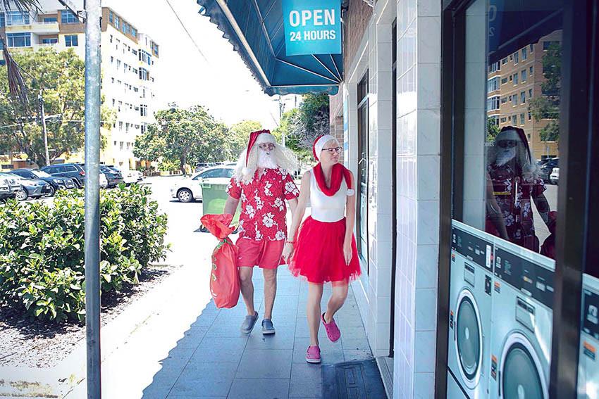 05 Santa Goes On Holiday by Aleksandra Walker