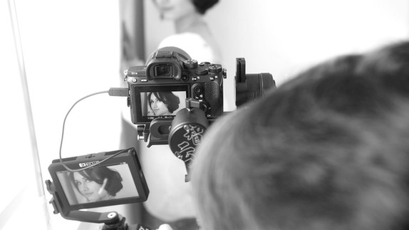 STORY - Your bespoke Photo+Video Portrait