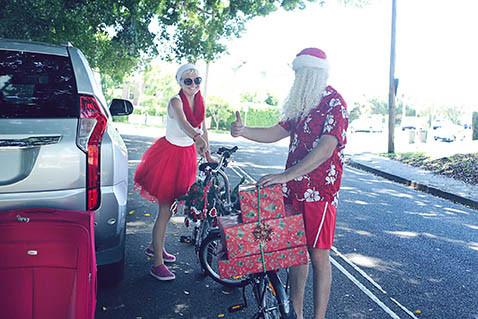 21 Santa Goes On Holiday by Aleksandra Walker