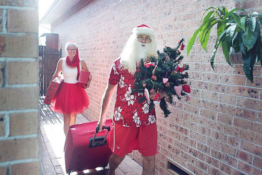 01 Santa Goes On Holiday by Aleksandra Walker