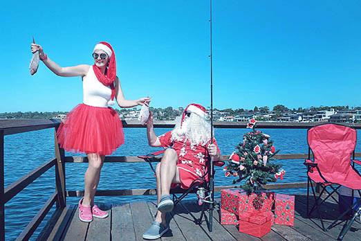 32 Santa Goes On Holiday by Aleksandra Walker