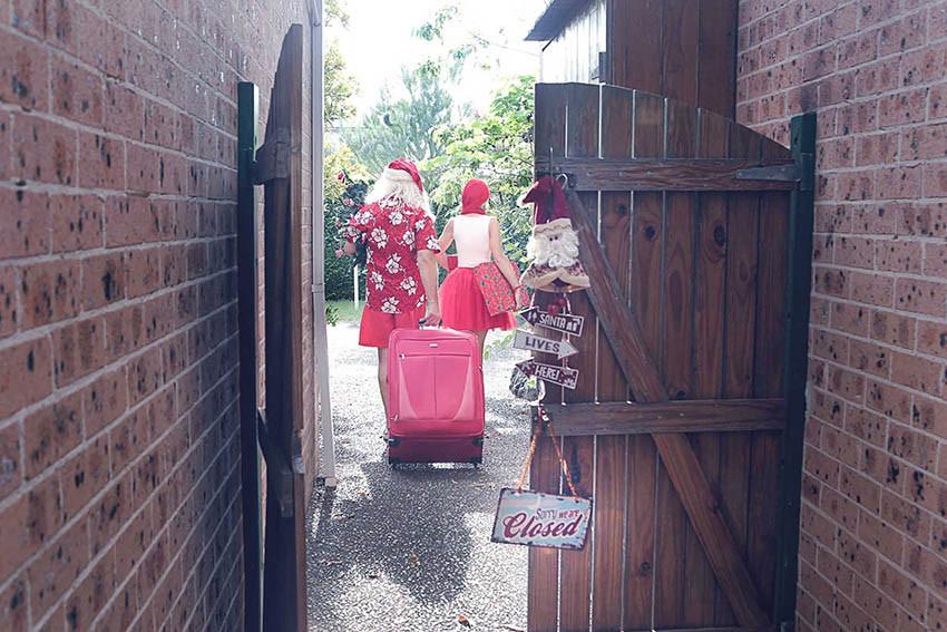 04 Santa Goes On Holiday by Aleksandra Walker
