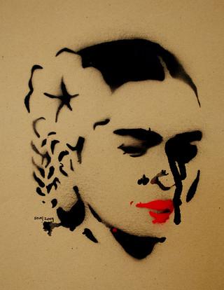 Frida_one Flower
