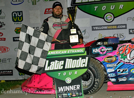 Schlenk Flies to Fall Special Victory