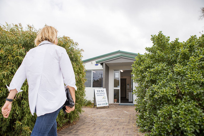 Easy access for patients at The Woods Medical Centre & Skin Cancer Clinic, Scarborough Beach Road, Scarborough Perth WA.