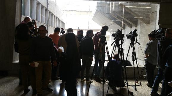 צילום בבית המשפט תקשורת.png