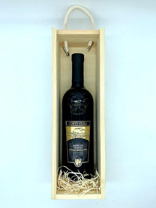 Corte Viola Bottle Gift Set