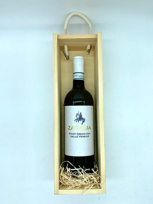 Classic Wine Bottle Gift Set