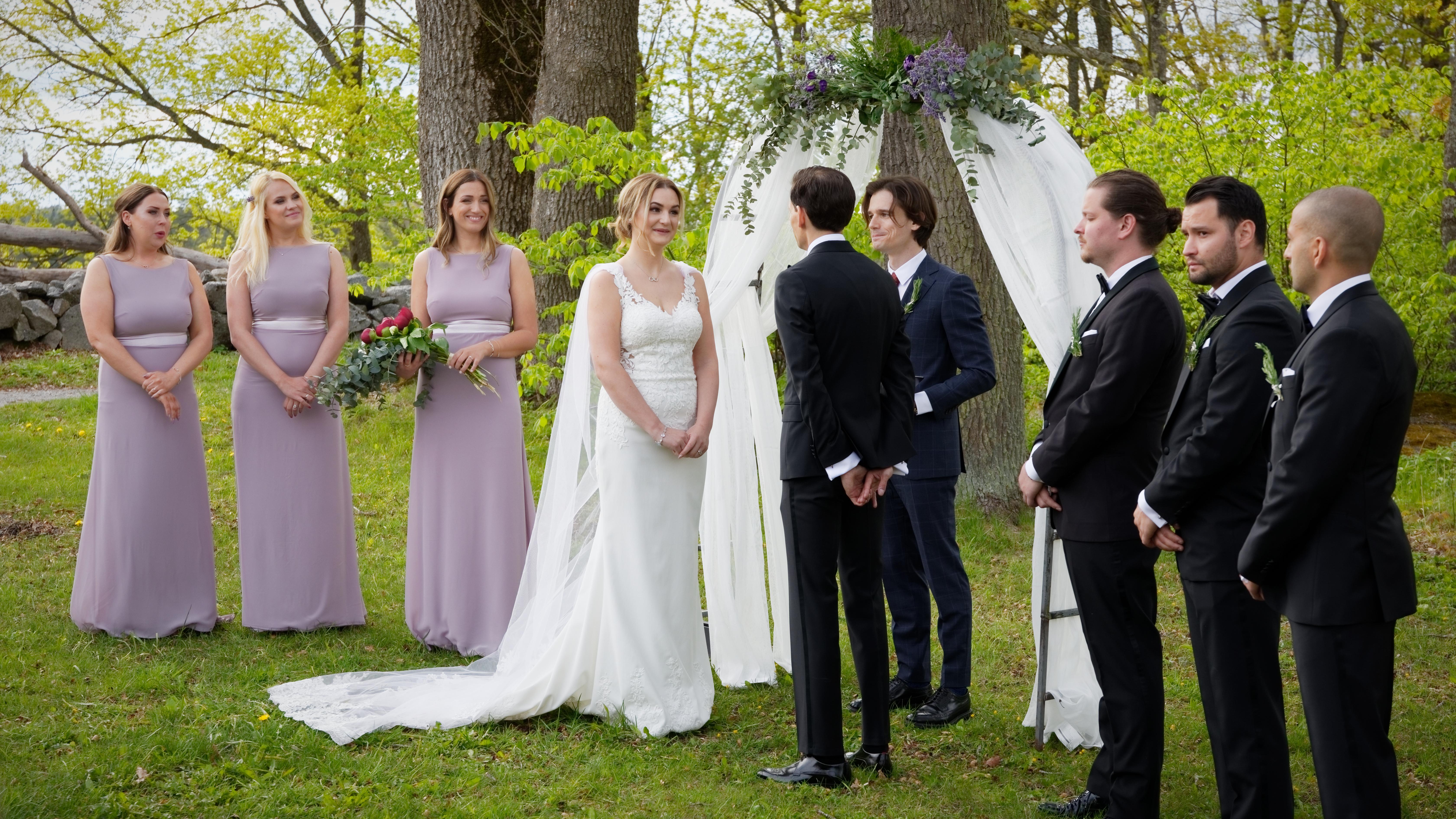 Brudpar & följe, bröllopsceremoni 2