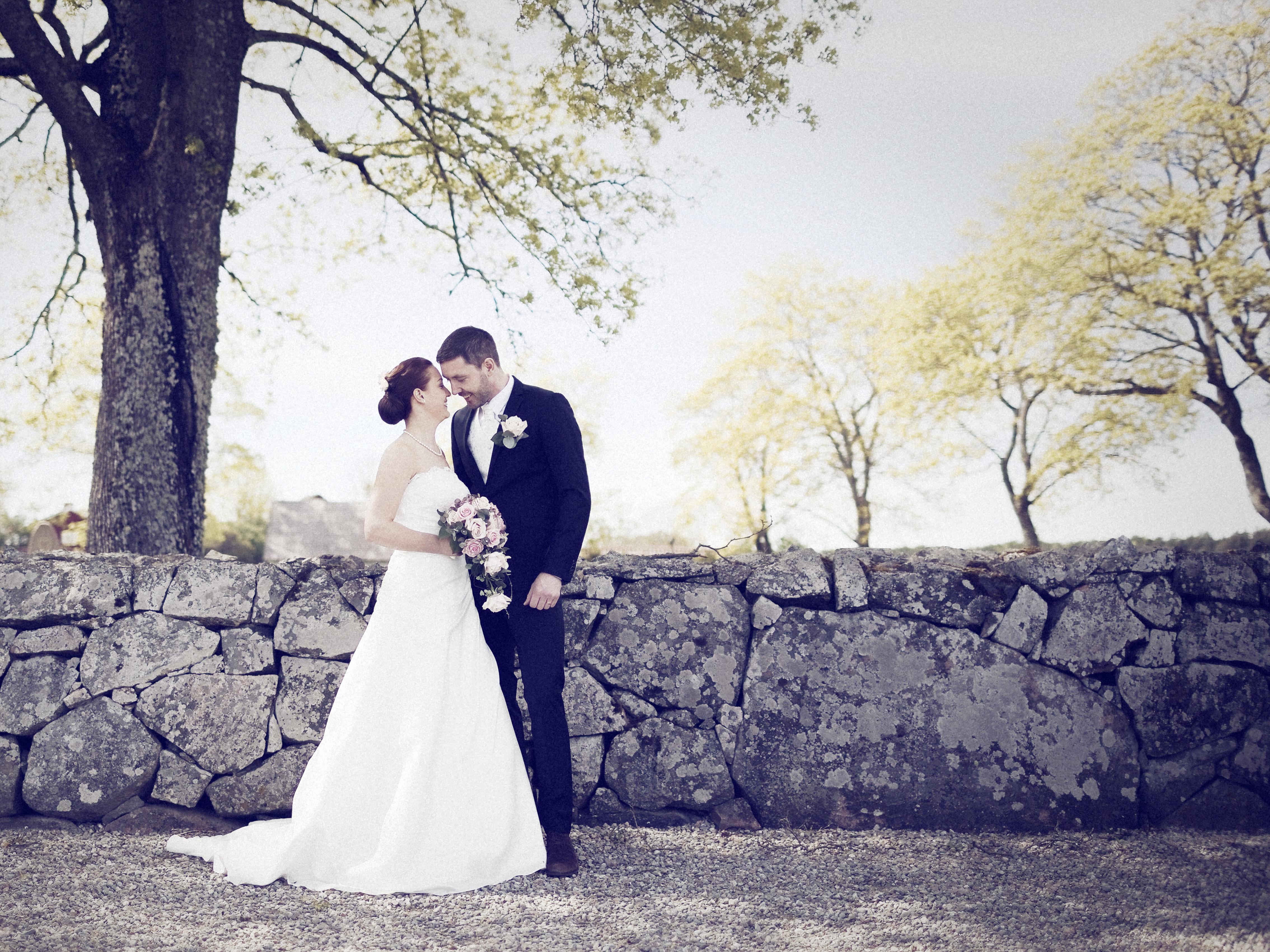 Brölllopsporträtt -Tobias o Caroline