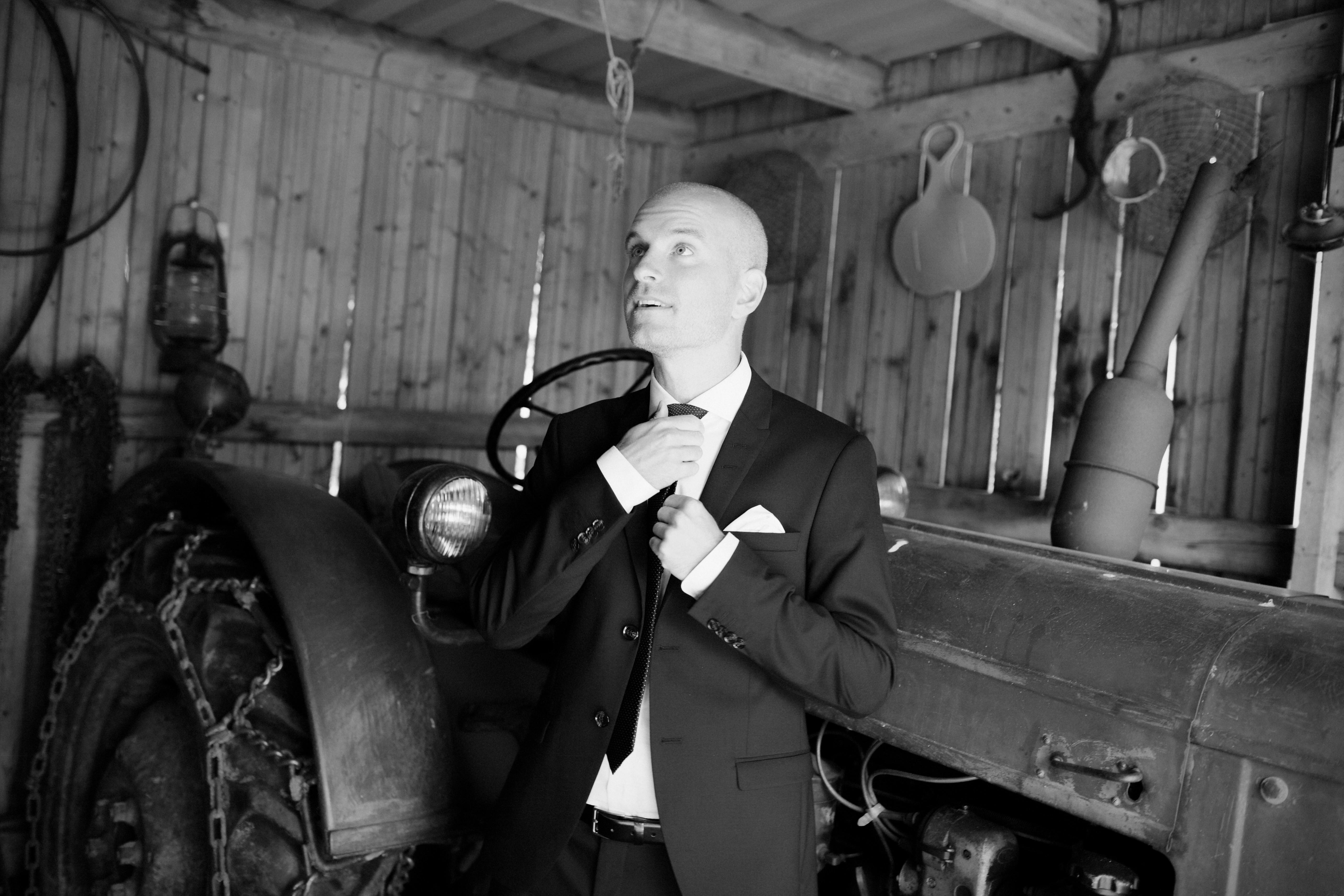 Bröllopsporträtt 4: Magnus & traktor