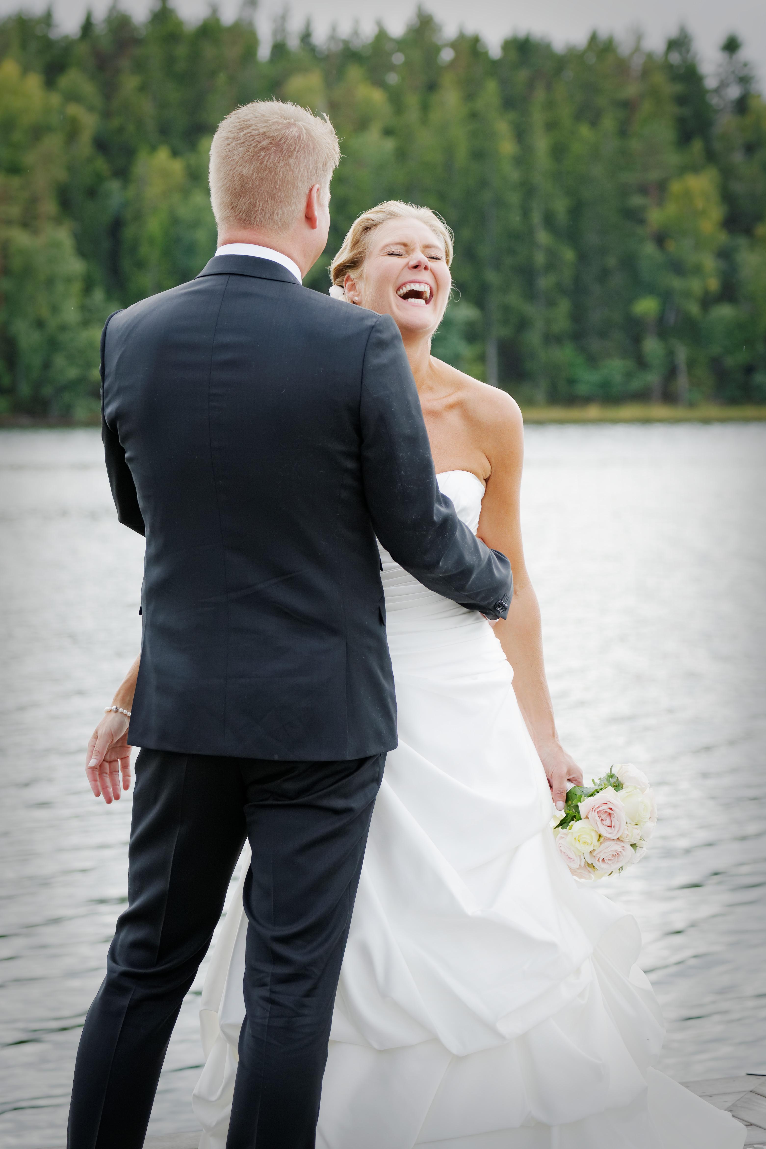 Bröllopsporträtt 8: J & B på brygga