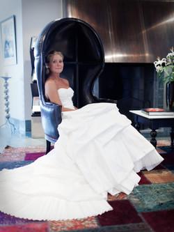 Bröllopsporträtt 1: Jessica i fåtölj