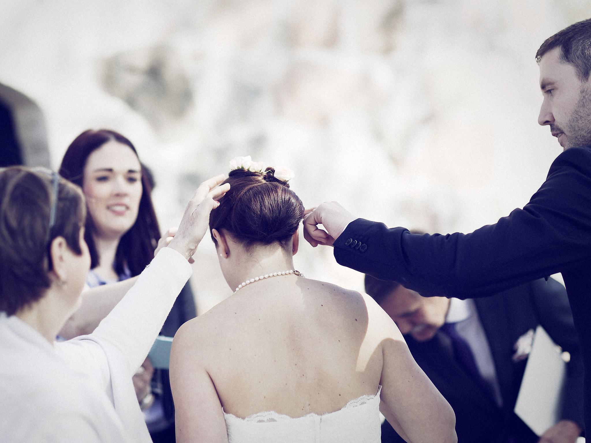 Bröllop - kyrktrappan 1