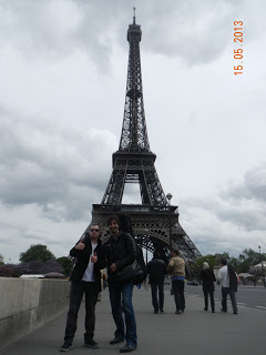 """RAIL TRACKS"" TOUR DIARY #17: Paris"