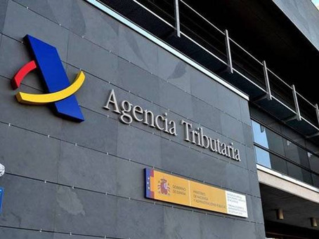 La Agencia Tributaria (AEAT) DEBE seguir las consultas vinculantes de la Dir. General de Tributos