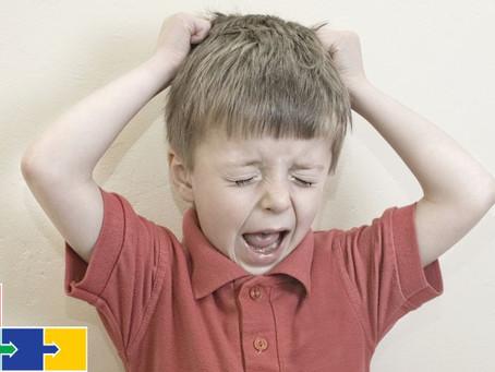 Crises de choro no autismo.