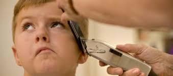 Seu filho é autista e não gosta de cortar o cabelo? Veja algumas dicas