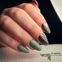 🧣SWEATER WEATHER 🧶 • #nails #nailsaddi