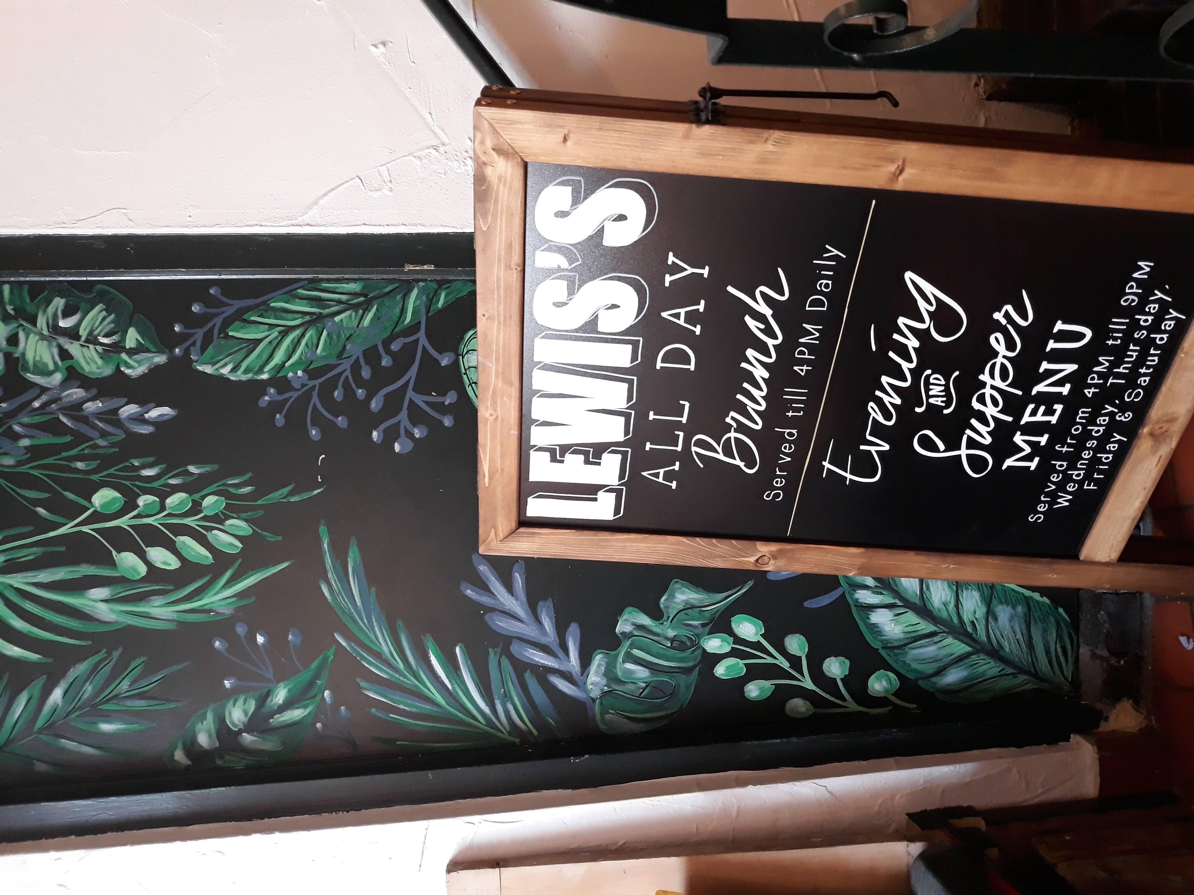 Lewis's Moseley