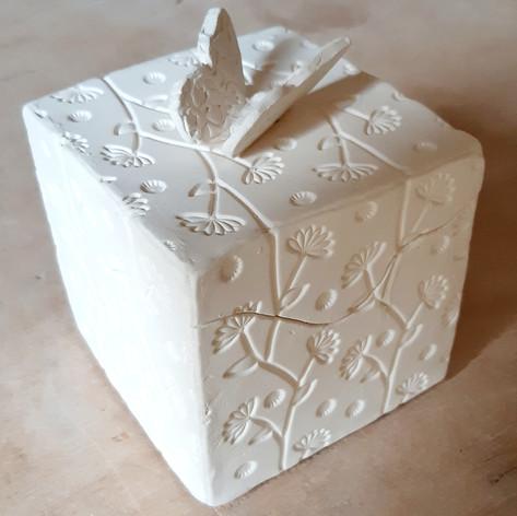 Hand Building Box