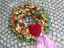 Blumenkranz_bunt_02a.JPG