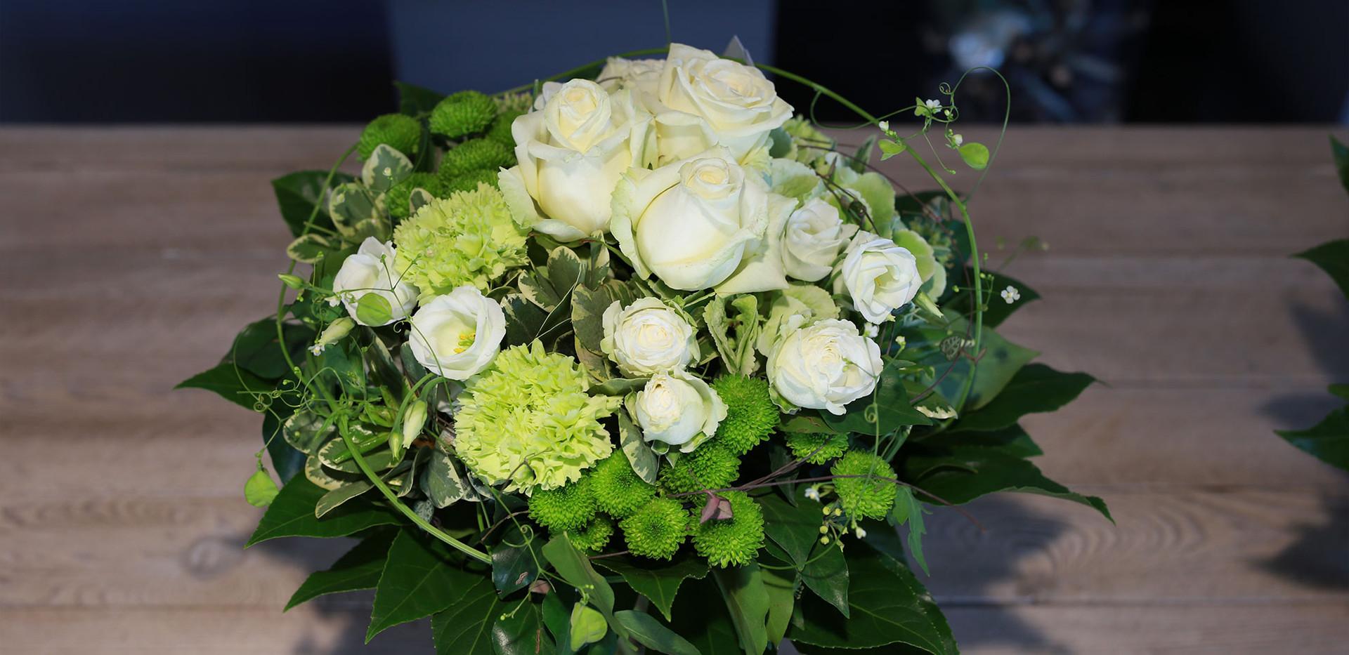 Blumenstrauss-Weiss.jpg