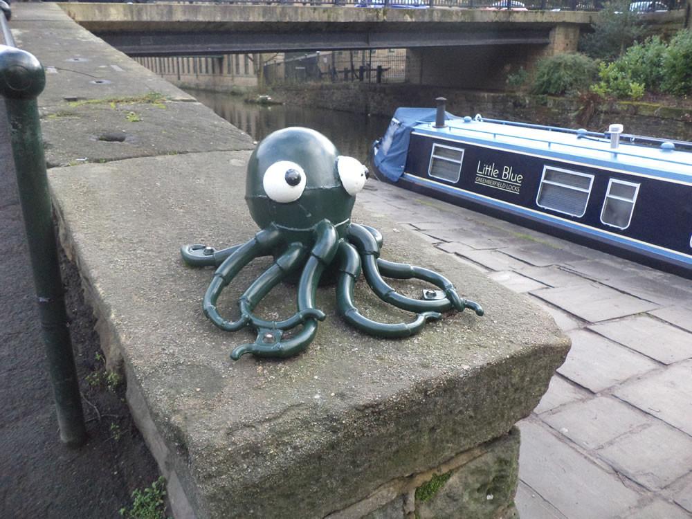 Octopus Saltaire sculpture trail