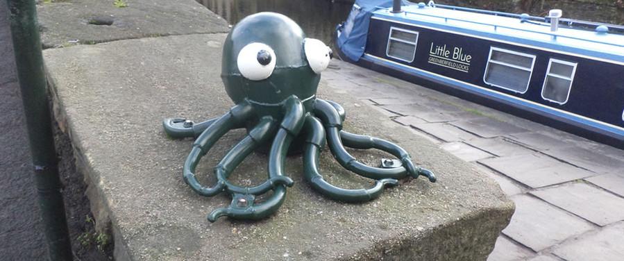 Octopus Saltaire sculpture trail.jpg