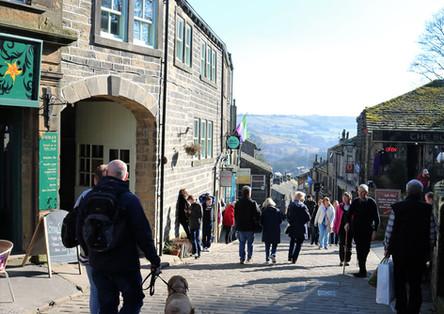 Top of Haworth main street